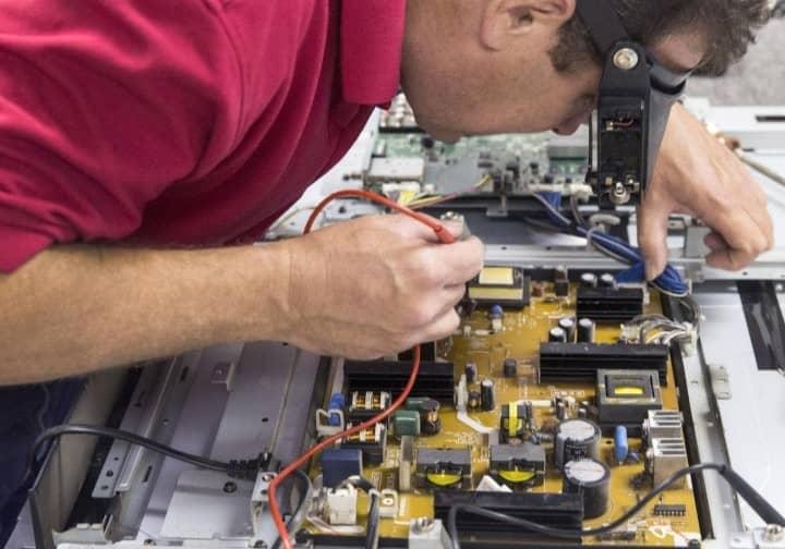 اولین اقدامات برای تعمیر تلویزیون ال ای دی